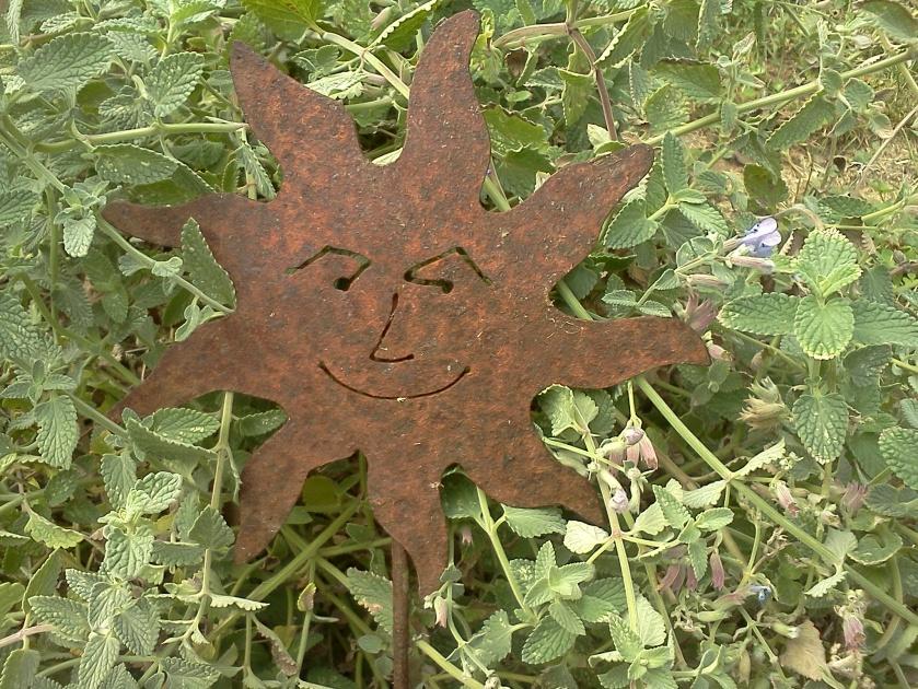 Garden sun